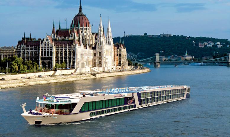 Christmas River Cruises  Avalon Waterways