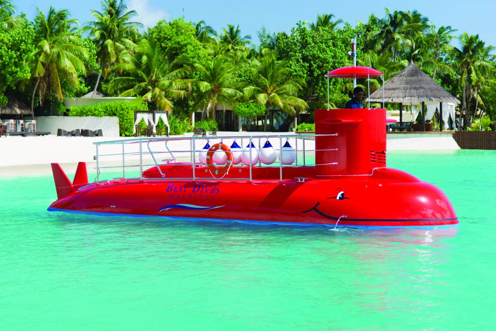 Jumeirah Vittaveli Launches Semi Submarine Service Latte