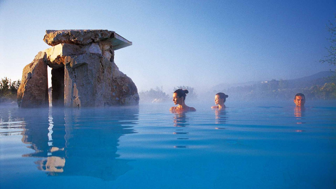 Award winning tuscan resort adler thermae extends its spa facilities latte luxury news - Adler bagno vignoni hotel ...