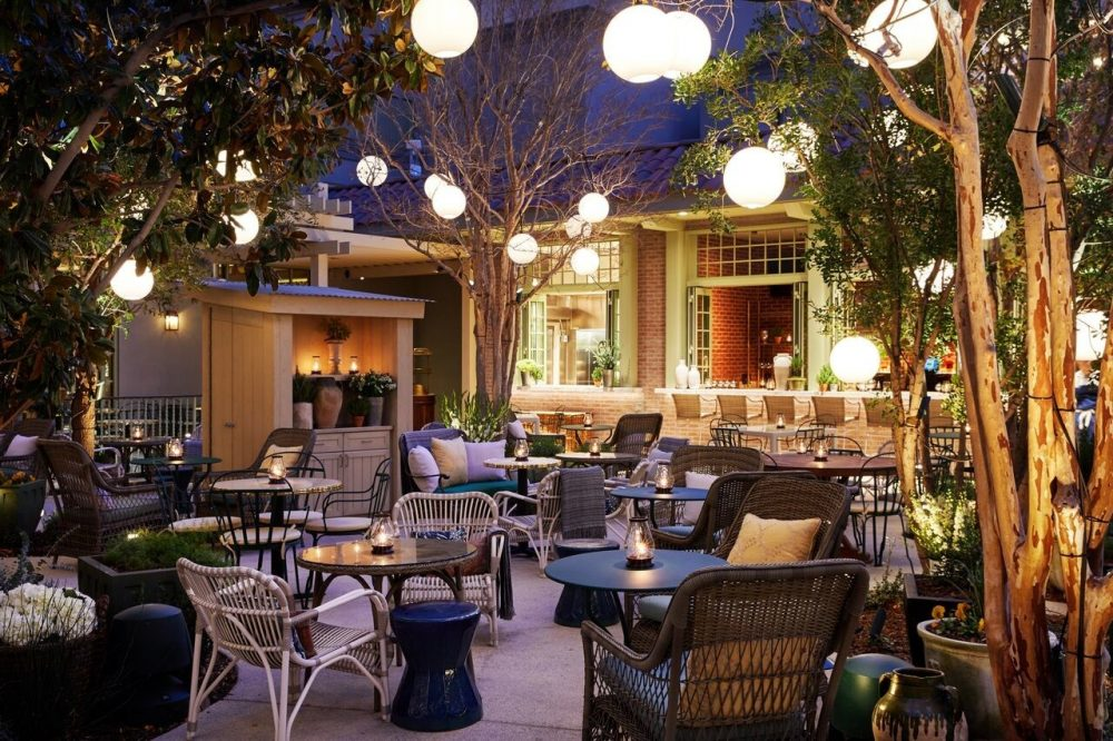 Sin city 39 s monte carlo becomes park mgm latte luxury news for Fish restaurant mgm