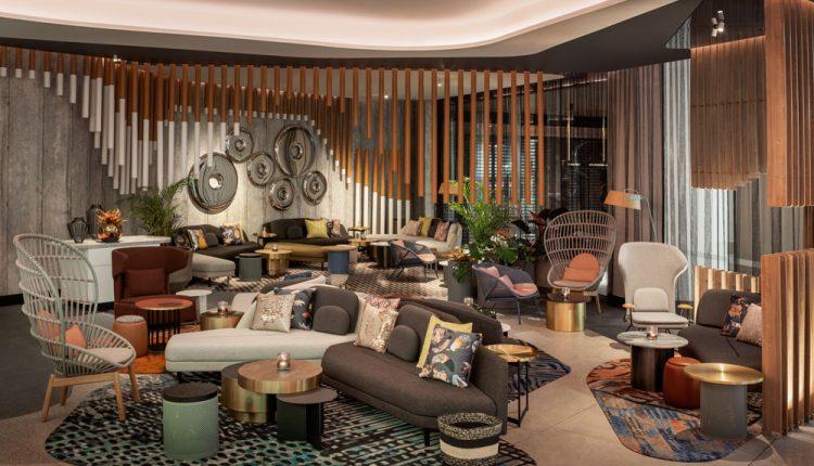 W-Living-Room-Bar—Tropical