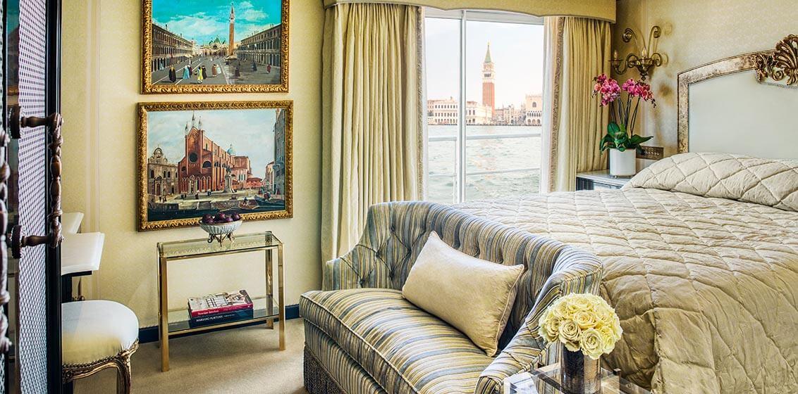Uniworld S.S. La Venezia Suite Fortuny
